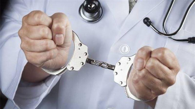 В Алматы за взятки осудили экс-главврача перинатального центра