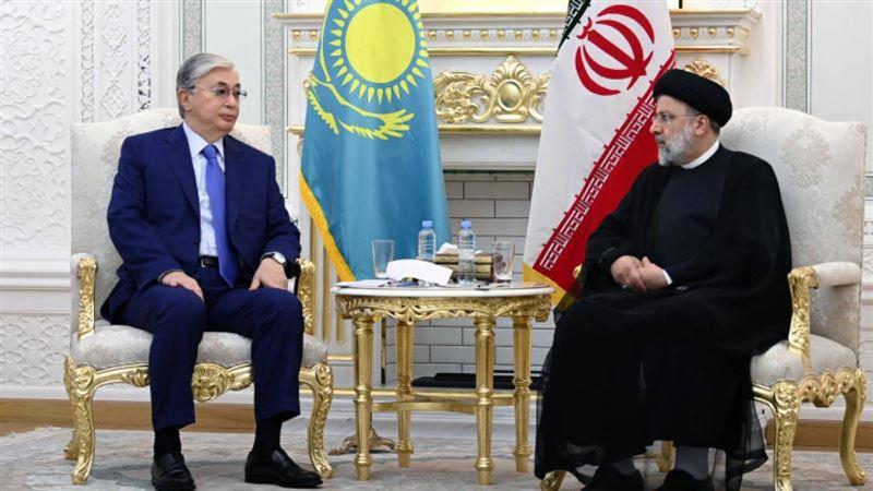 Глава государства провел встречу с новым президентом Ирана