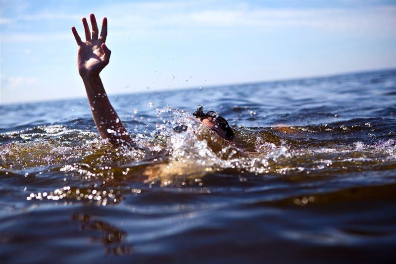 Алматыда суға батып бара жатқан жігіт құтқарылды