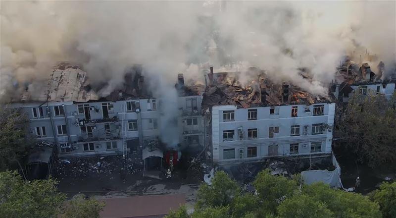 В ДЧС дали развернутый комментарий о пожаре в Алматы