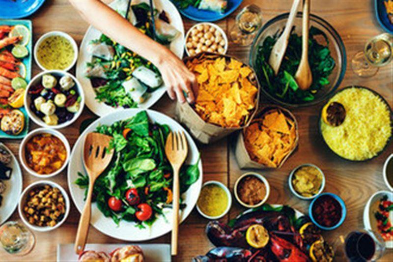 Названы пять продуктов, от которых нужно отказаться, чтобы прожить долгую жизнь