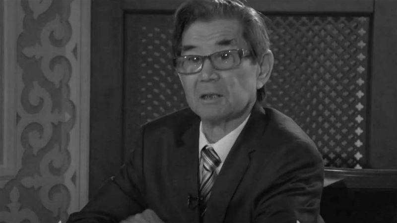 Умер казахский поэт Рафаэль Ниязбек