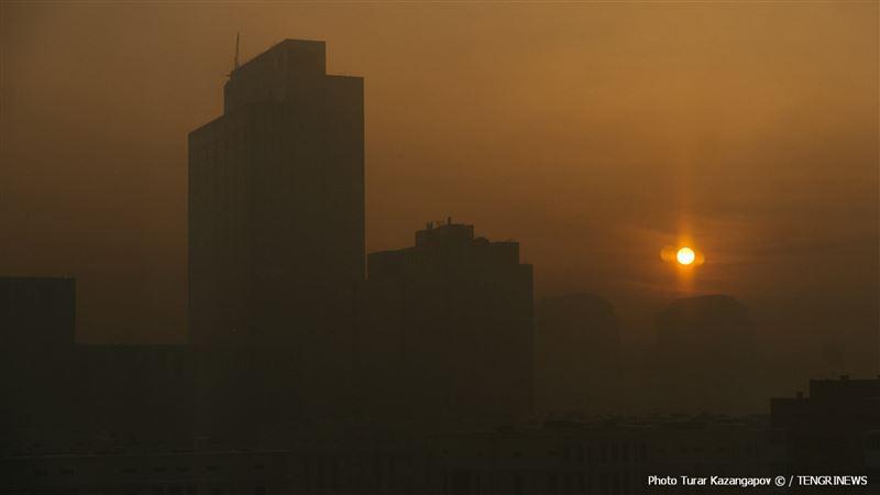 Осадки, пыльная буря и туман ожидаются в Казахстане 24 сентября