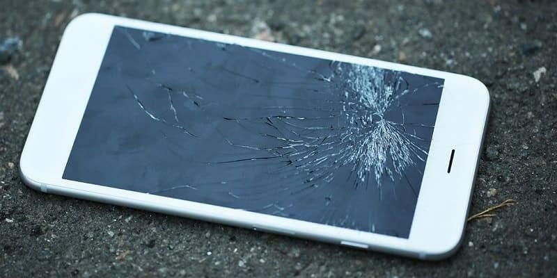 Девушка убила своего возлюбленного телефоном