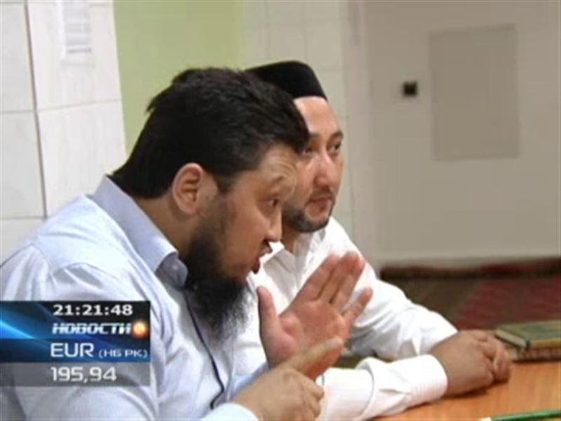 В Алматы открылись специальные мусульманские курсы для глухих