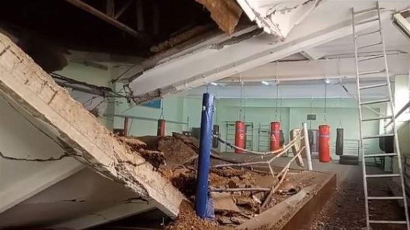 Кровля спортшколы обрушилась в Павлодаре