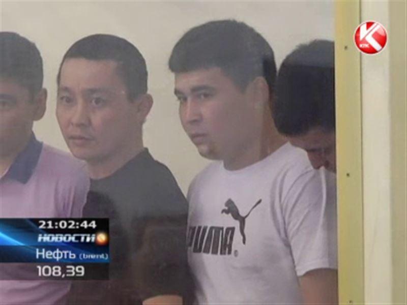 В Актау судят семерых приятелей, которые сутки насиловали несовершеннолетнюю