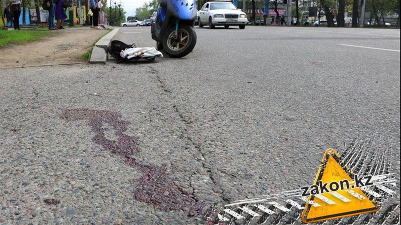 Водитель автобуса сбил мопедиста и скрылся в Алматы