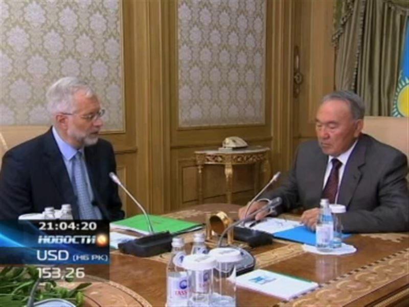 Назарбаев рассказал, что думает о девальвации