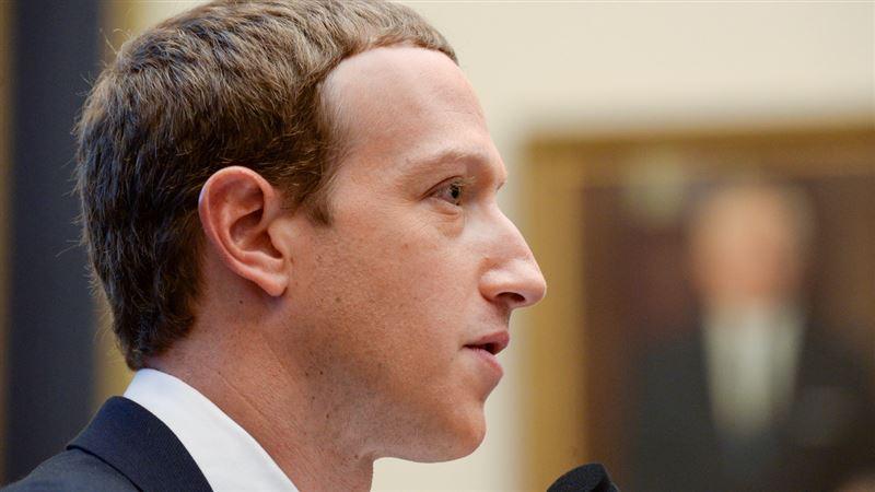 Марка Цукерберга обвиняют в сексуальных домогательствах