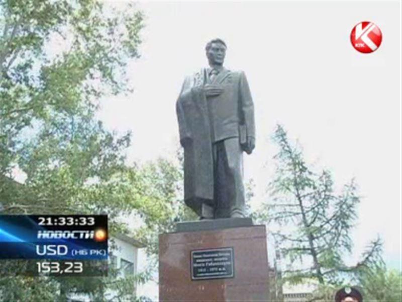 Памятник Малику Габдуллину поставили на родине героя