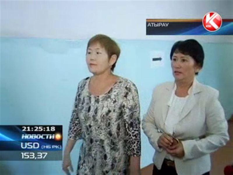 Атырауские учителя обвиняют собственного директора в самоуправстве