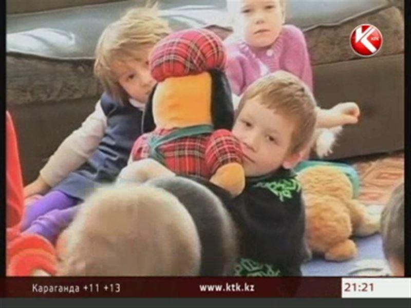 Депутаты хотят запретить американцам усыновлять сирот из Казахстана