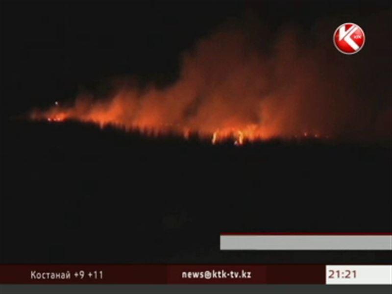 Сильнейший пожар бушевал на заповедном озере Караколь