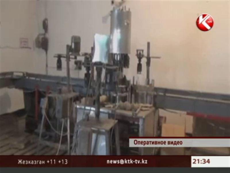 Годовой запас спиртного конфисковали в Шымкенте