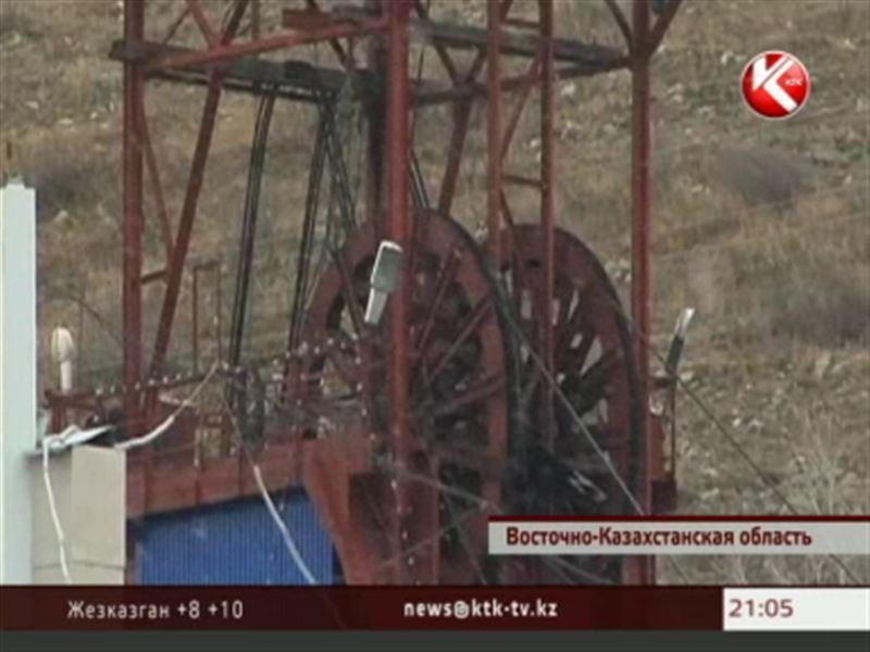В Восточном Казахстане из-за обвала горной породы  погибли двое рабочих