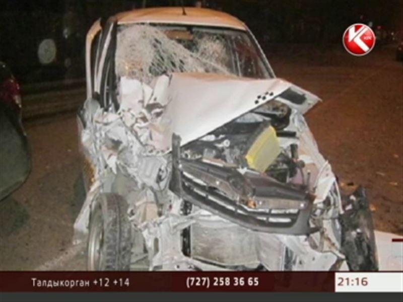 В Семее в аварию попали сразу 7 машин