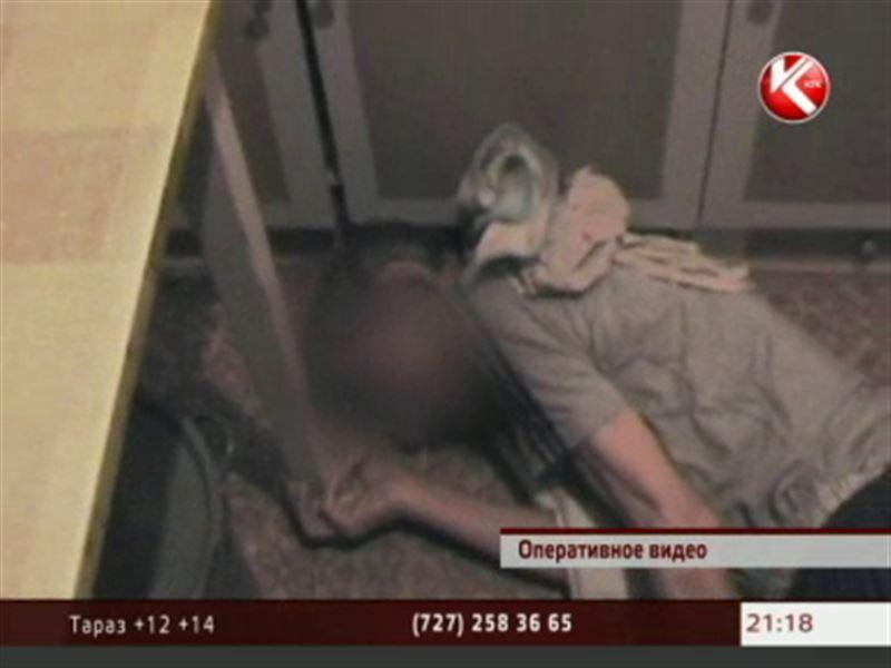 Семейские спасатели вызволяли из запертых квартир немощных стариков