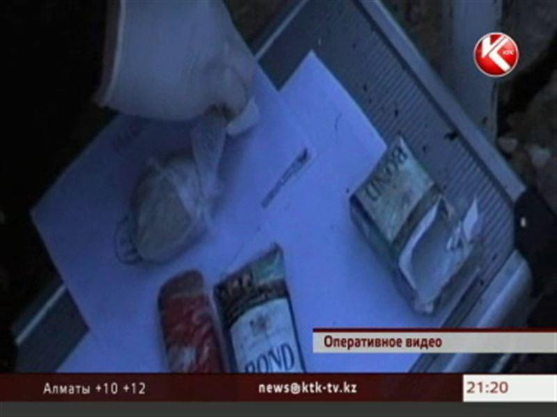 В Северном Казахстане рядом с тюрьмой нашли тайник с наркотиками