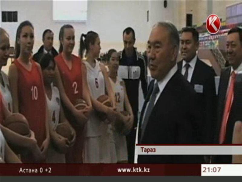 Президенту показали дворец спорта «Тараз Арена»