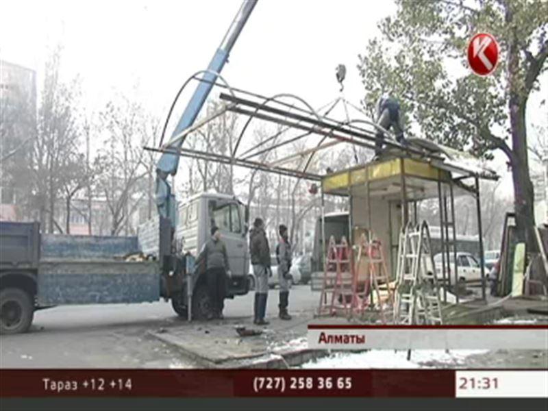 В Алматы устанавливают остановки нового поколения
