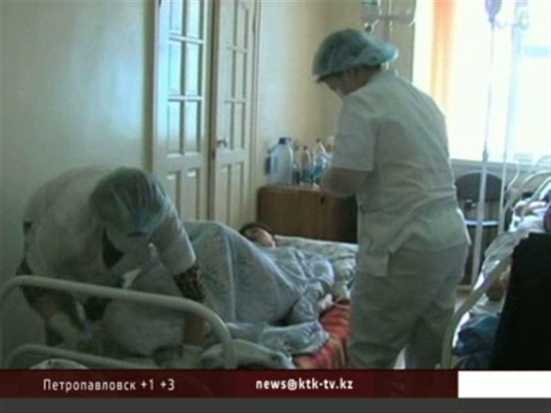 В Жанаозене в результате массового отравления погибли двое рабочих