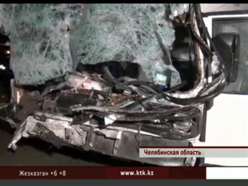 В Челябинской области в аварию попал автобус с казахстанскими номерами
