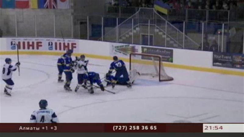 Молодёжная сборная Казахстана по хоккею продолжает побеждать