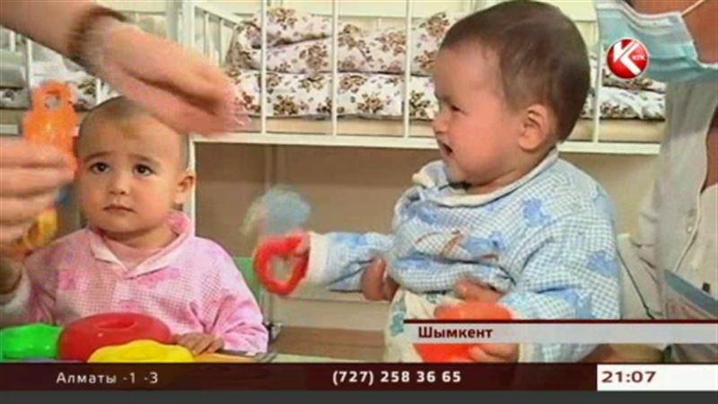 В Шымкенте опять бросили детей, на этот раз двух девочек