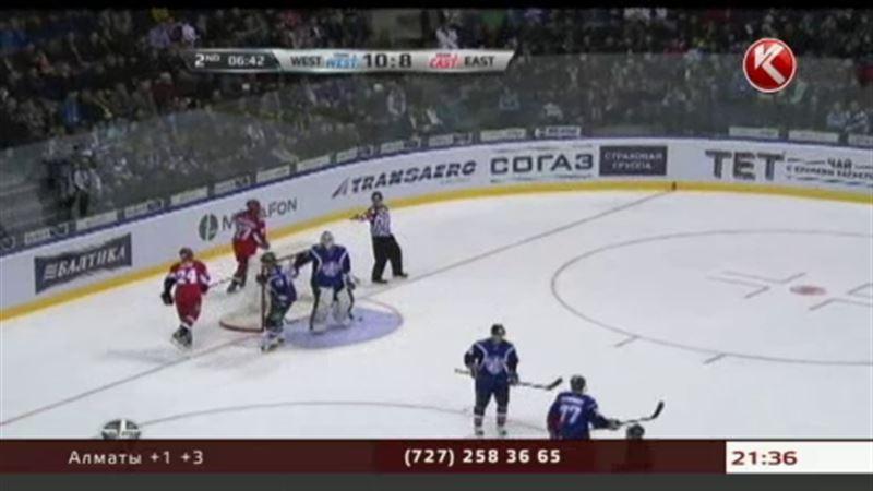 Талгат Жайлауов в матче всех звезд КХЛ забил шайбу