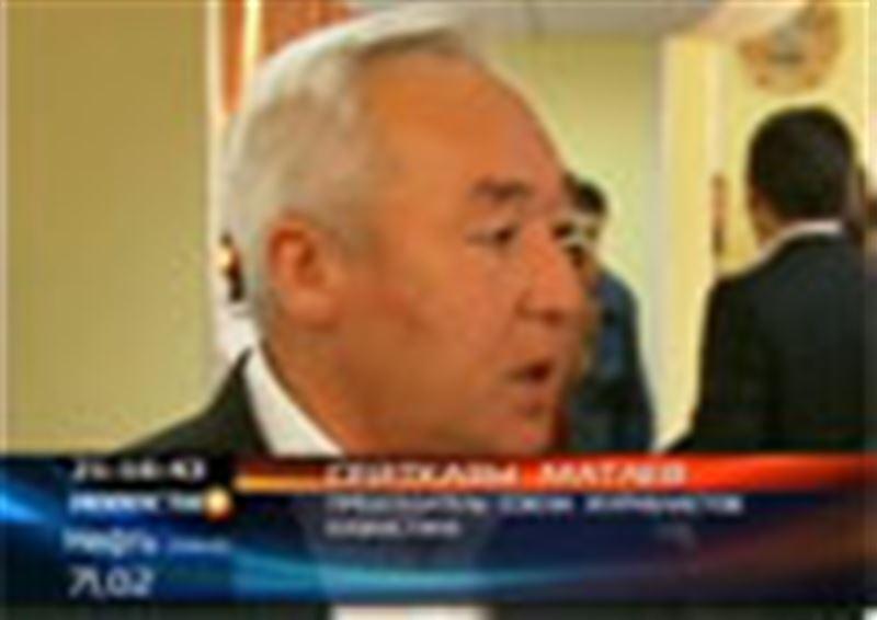 Медийщики просят главу правительства отменить НДС для казахстанских СМИ
