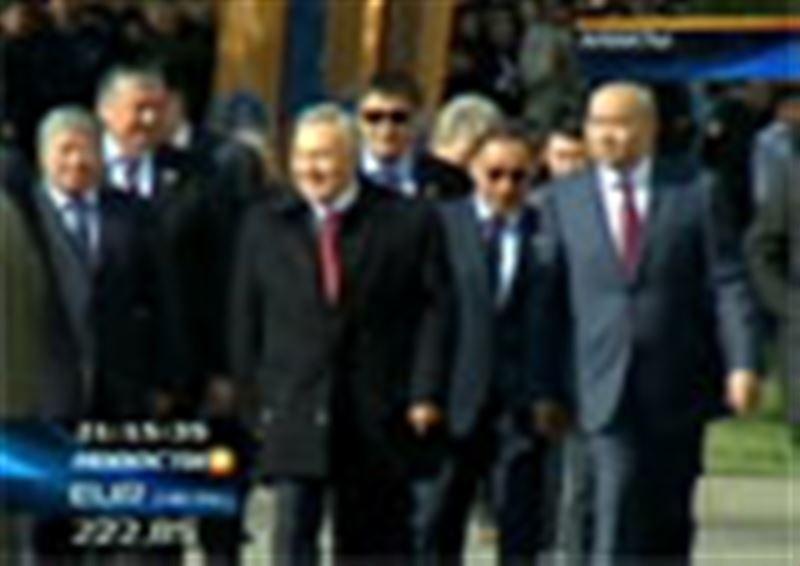 Нурсултан Назарбаев поздравил с 75-летием Казахский национальный университет имени Аль-Фараби