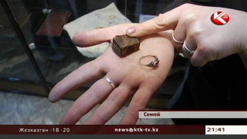 В музее Достоевского появились необычные экспонаты