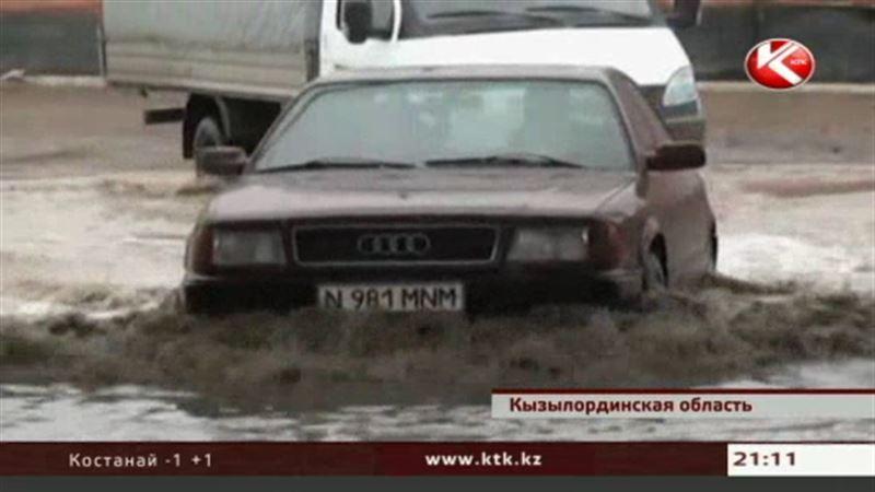 Чиновники Кызылординской области не пойдут в отпуск до окончания паводка