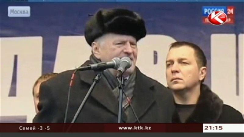 Сенаторы, как и мажилисмены, требуют наказать Жириновского