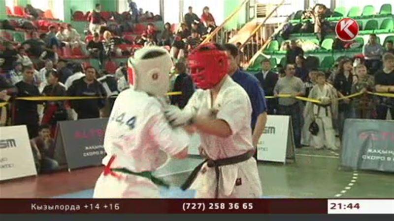В Алматы прошёл открытый чемпионат Азии по шинкио-кушинкай каратэ