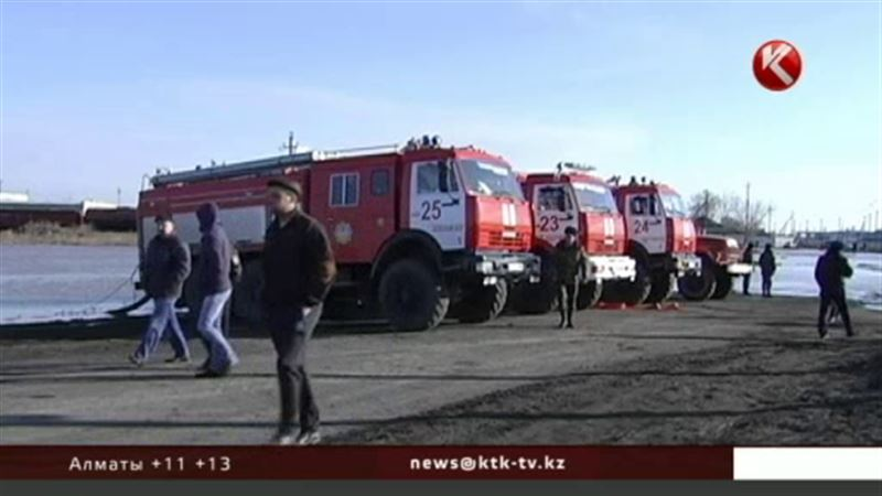 В акмолинском Атбасаре затопило 120 домов, эвакуировано 150 жителей