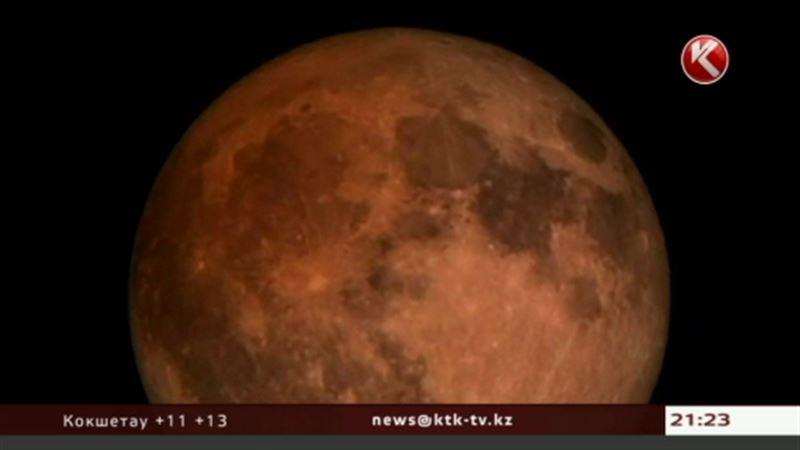 Над Америкой взошла «кровавая луна»