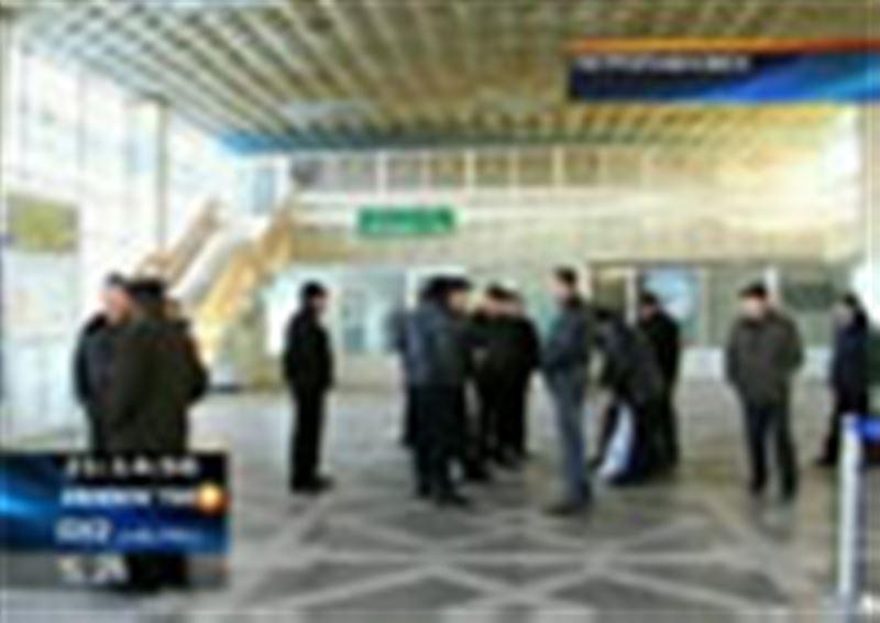 Коллектив Петропавловского аэропорта подал в суд на учредителей