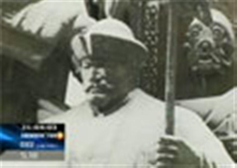 Скандал вокруг памятника основателям Казахского ханства Жанибеку и Керею продолжается
