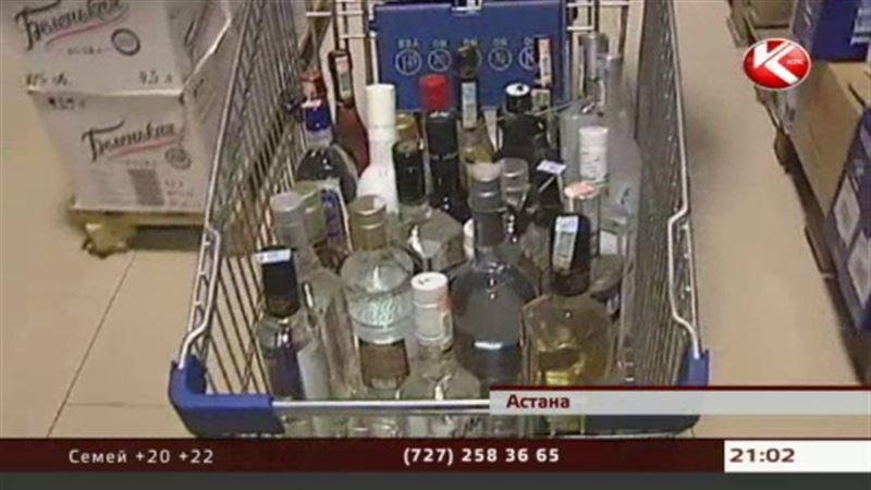 Спиртные напитки в Казахстане начнут продавать только в определенные часы