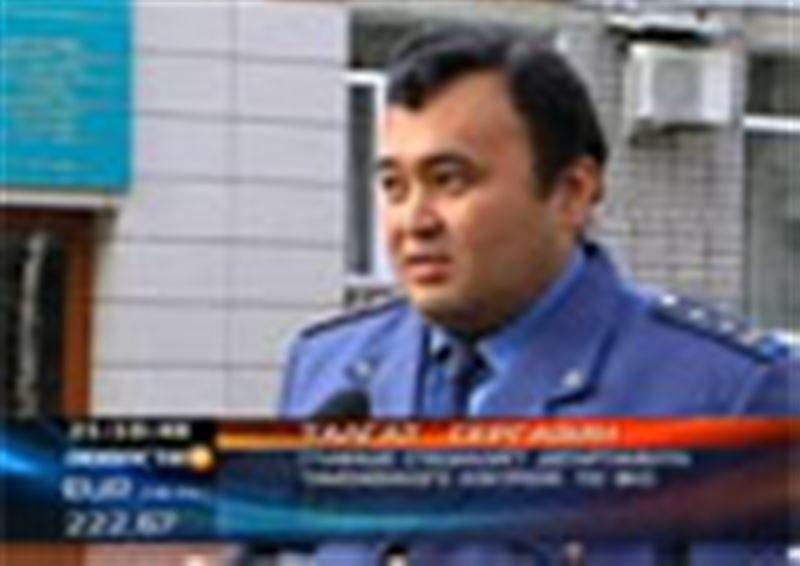 На таможенном посту в ВКО задержаны две автомашины с радиоактивным грузом