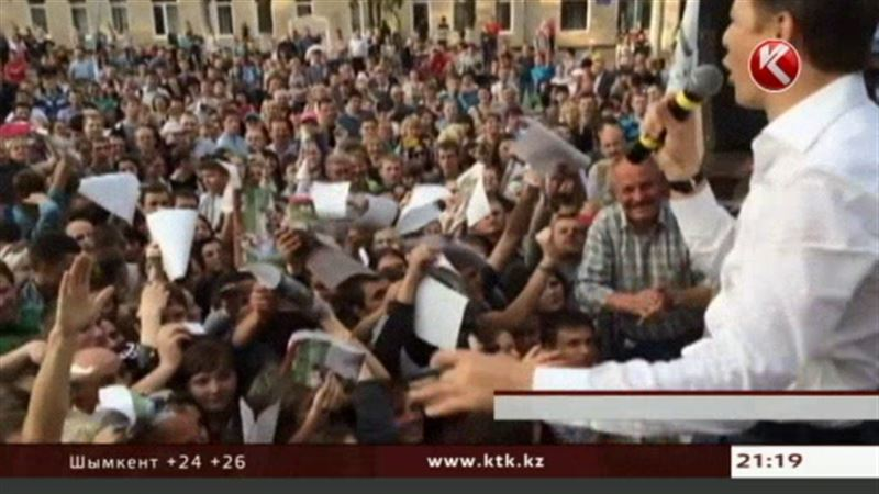 Украина: Луганск просит Россию ввести войска, Тимошенко хочет в ЕС