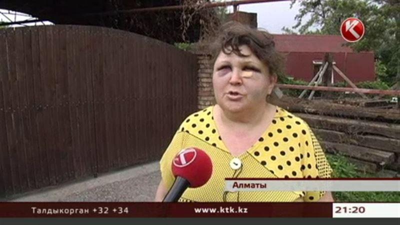 В Алматы учительницу математики жестоко избил ученик