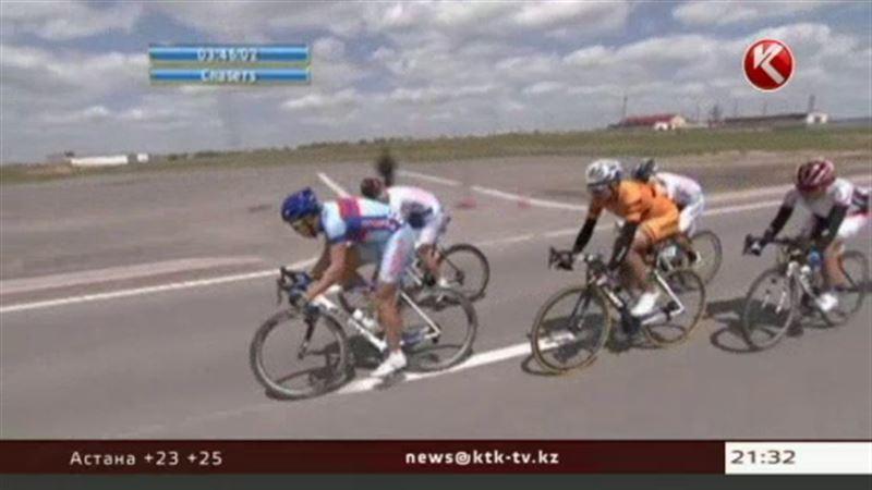 Казахстанские велогонщики триумфально выступили на чемпионате Азии