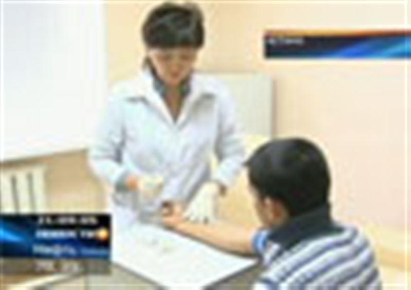 Казахстанские ученые завершают разработку собственной вакцины против вируса H1N1