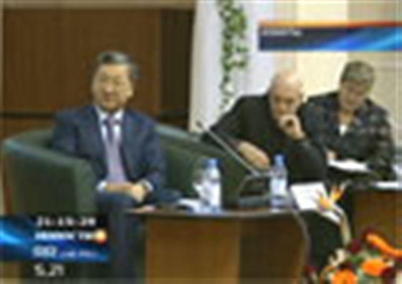 Отечественные политологи разрабатывают новую программу развития казахстанского общества
