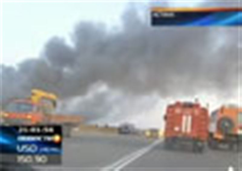 В Астане крупнейший за последние годы пожар: в результате возгорания на складе погибли, по последним данным, 14 человек