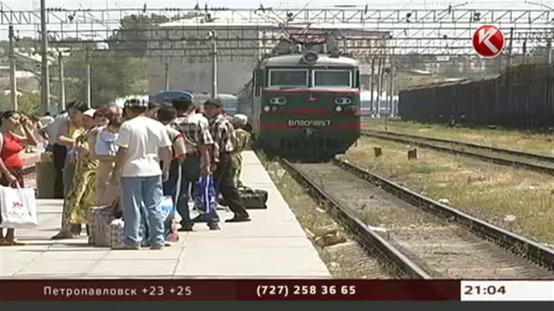 Из Алматы до Алаколя больше не добраться поездом