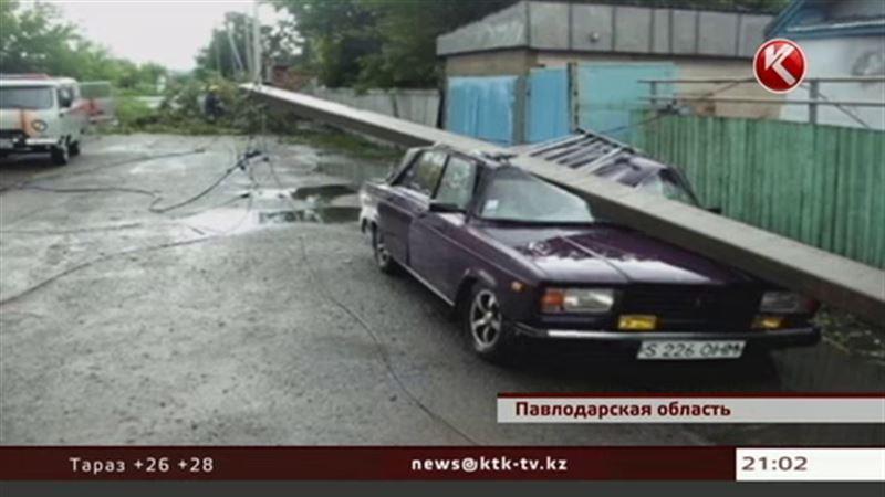Сибирский циклон натворил бед на севере Казахстана